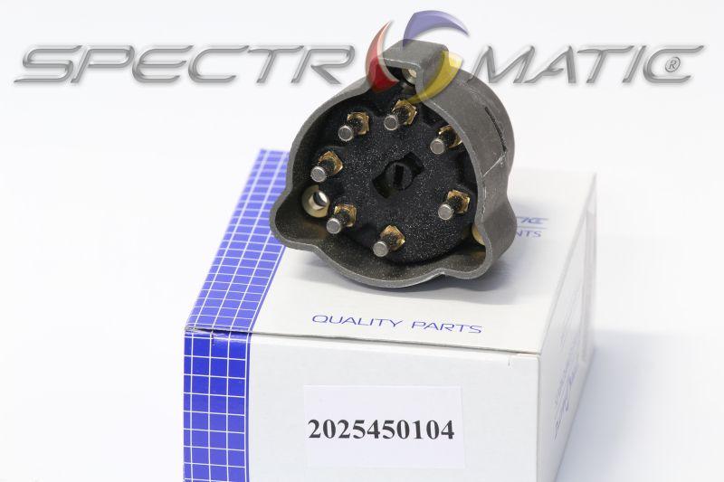 2025450104 - ignition switch MERCEDES W201 A124 W202 S202 C123 C124 A124  S124 S123 W123 W124 W126 C126 R107 C107 R170 202 545 0104